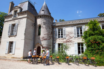 Bordeaux bike tour and tasting wine, visit chateau, wine tour